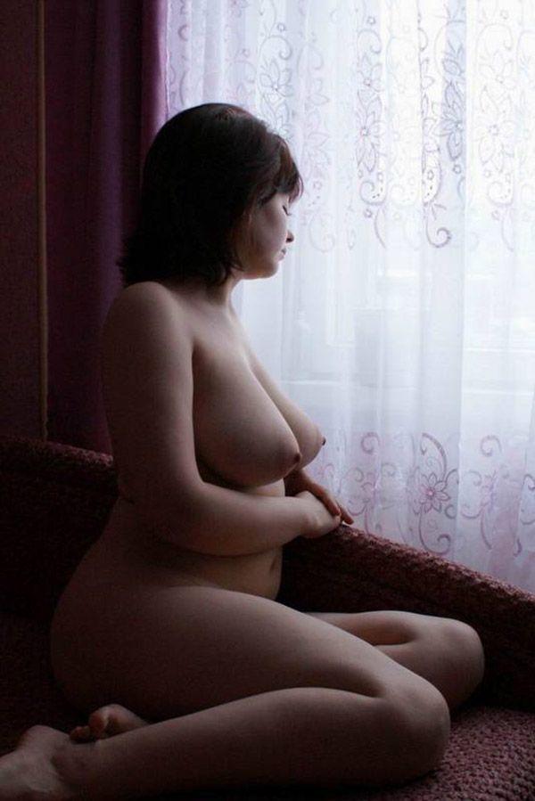 Одинокие и ожидающие мужского появления возбуждающие девки
