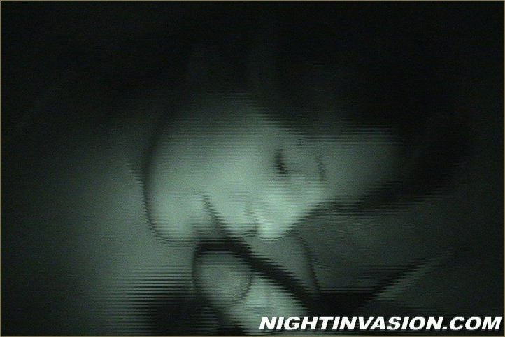 Дал пососать спящей чувихе