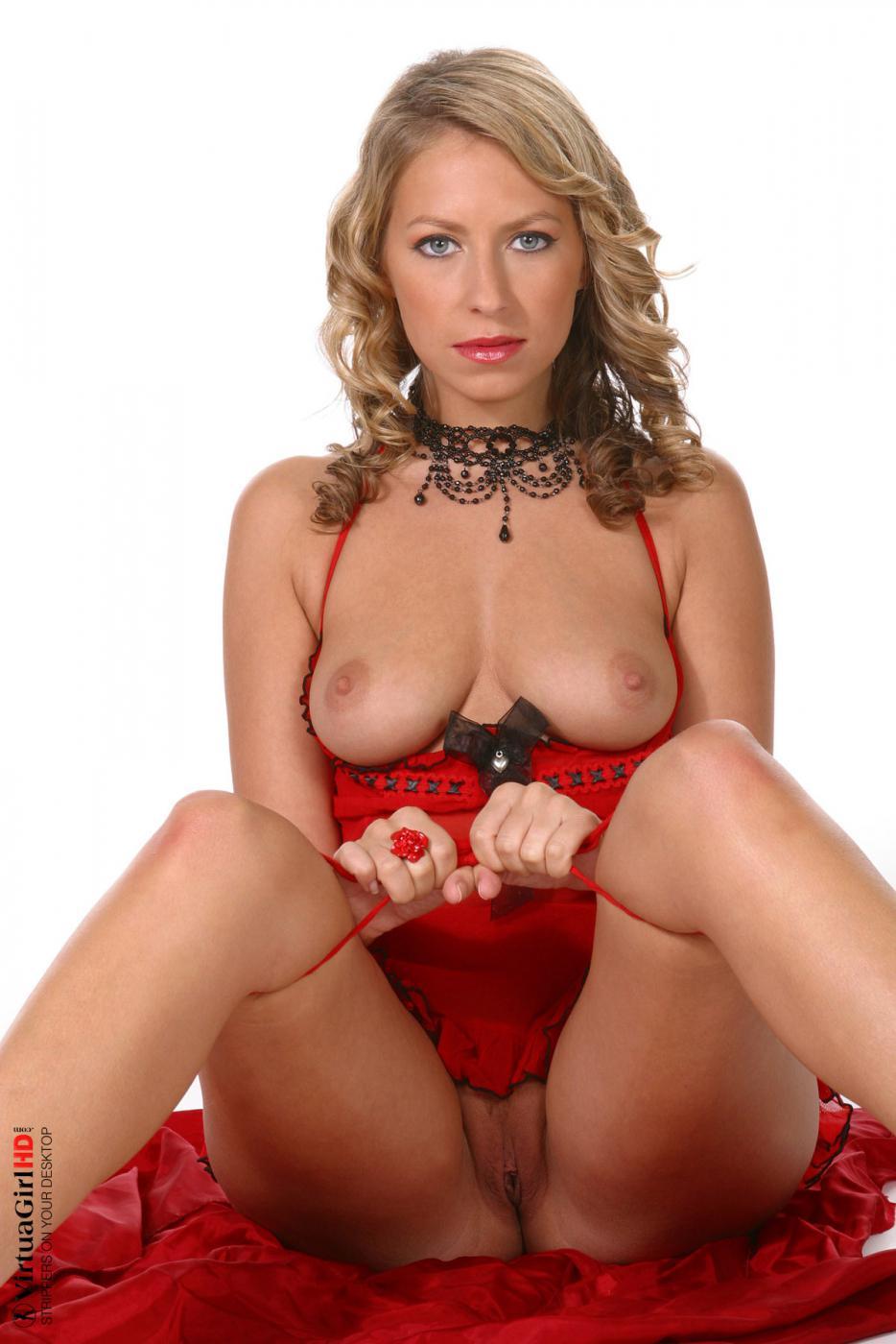 Красный - любимый цвет Monika Schimkova и она чувствует себя комфортно в своем эротичном бельишке